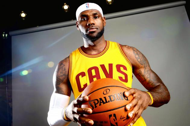 LeBron James Gave All His Teammates Apple Watches
