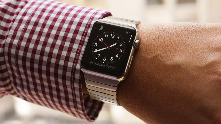 Fluent Research: Apple Watch A Year Later Is Popular