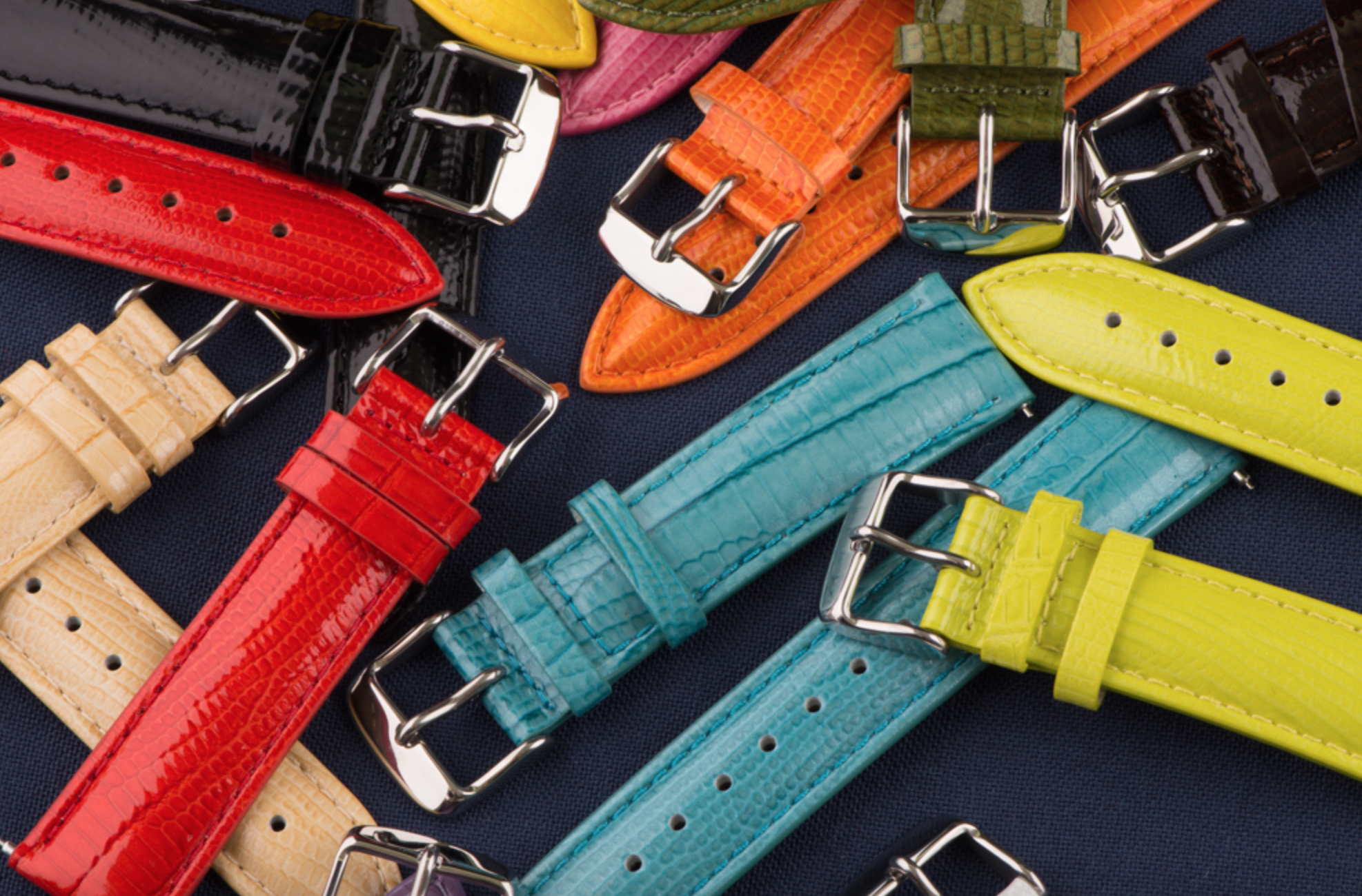 Lizard Leather Band Adds Elegance to the Apple Watch